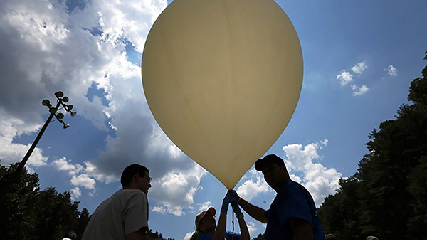 Balloon launch during the eclipse